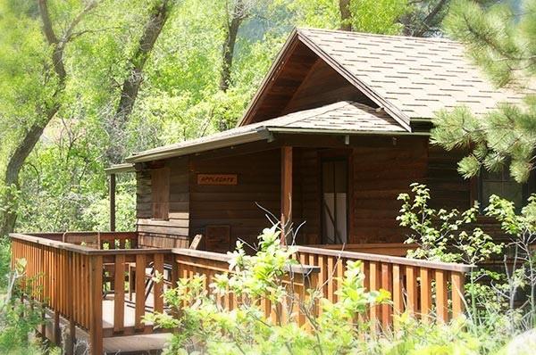 Applegate cabin exterior