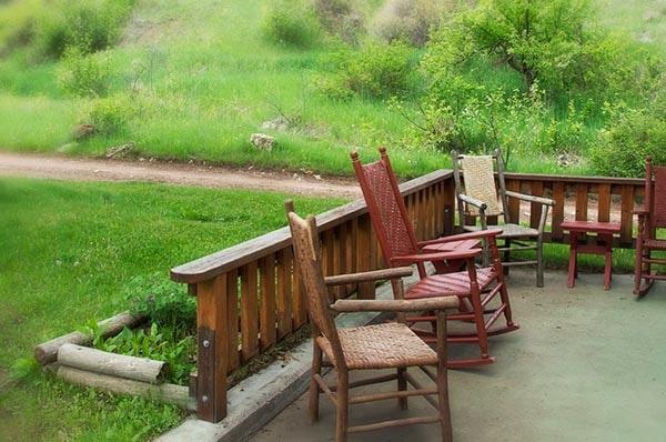 Lodge Cabin porch