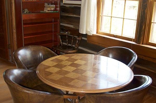 Lodge Cabin table