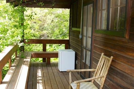 Mellon Cabin Deck