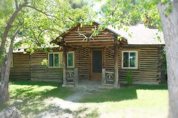 Moss Cabin exterior
