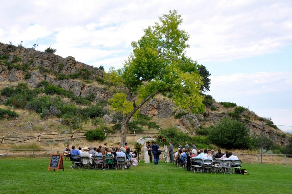Sheridan WY Wedding Venues: Outdoors on lawn