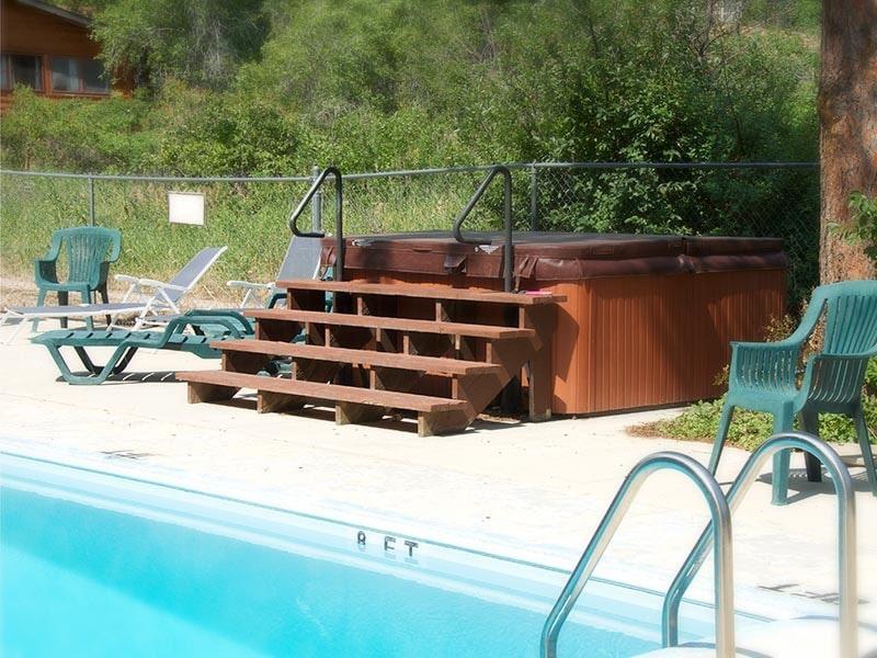 Wyoming summer vacation hot tub