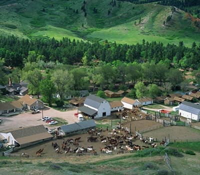 Wyoming Things to do - Dude Ranch view