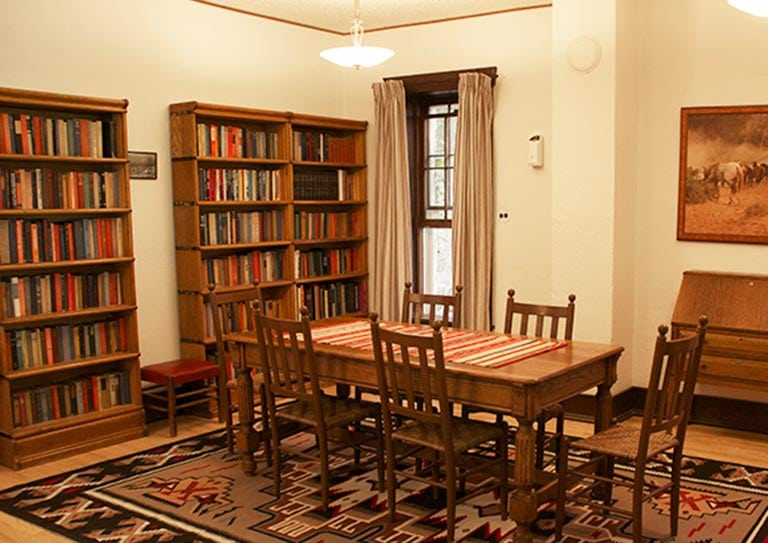 Bighorn Mountains Bed and Breakfast library